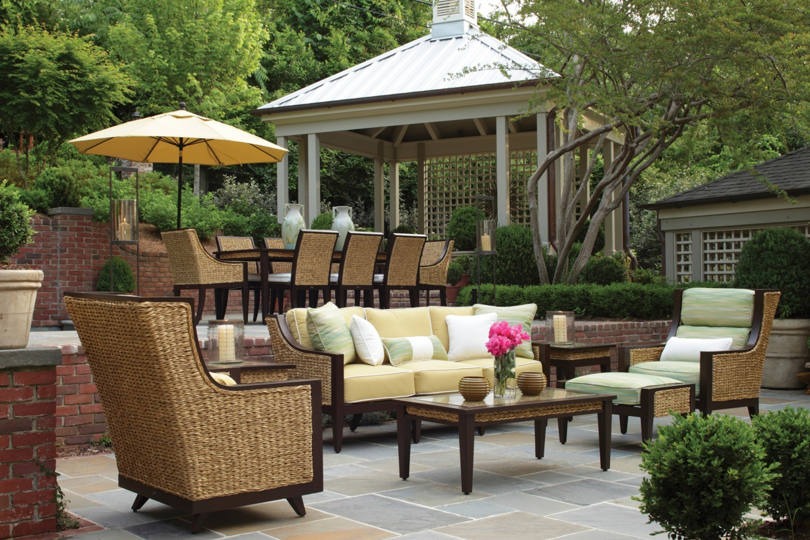 Summer classics aqua collection ajax pool spa inc for Outdoor furniture qatar living